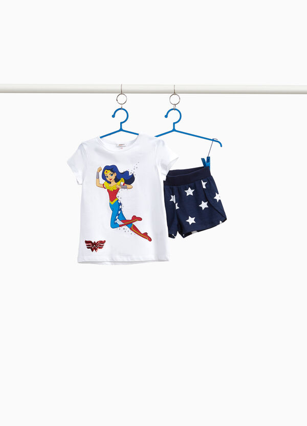 Stretch Wonder Woman outfit