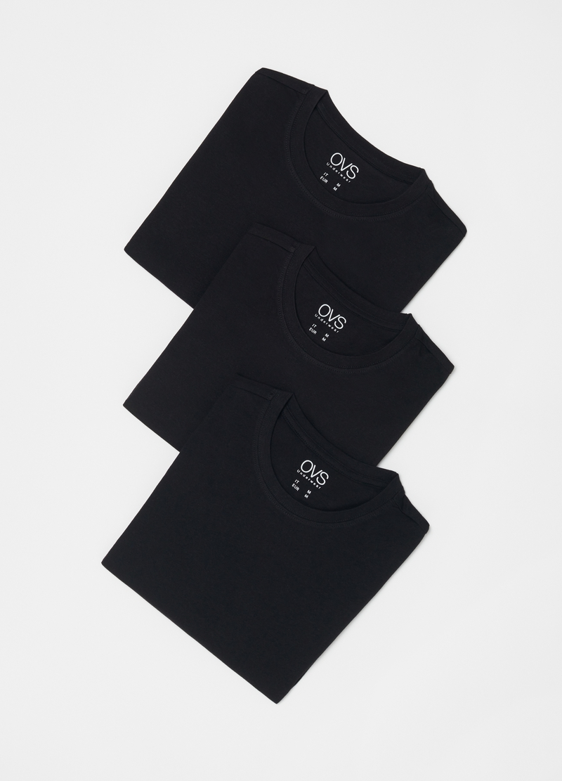Three-pack 100% cotton undershirts image number null