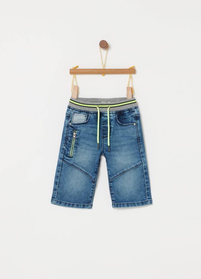 Shorts denim coulisse e tasche funzionali