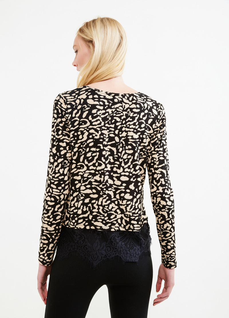 Stretch viscose T-shirt with animal print image number null