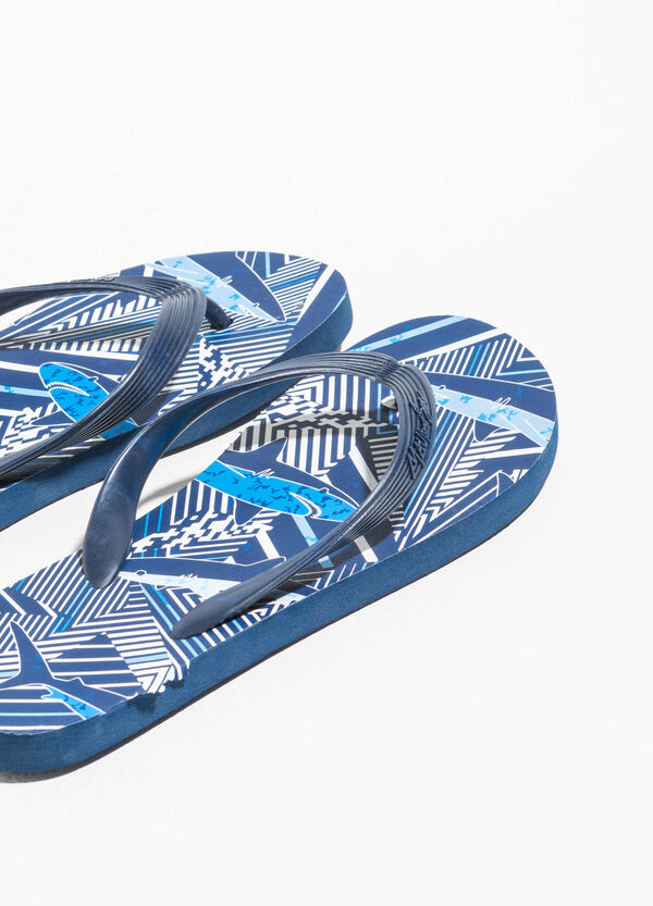 Patterned rubbed flip flops by Maui and Sons | OVS