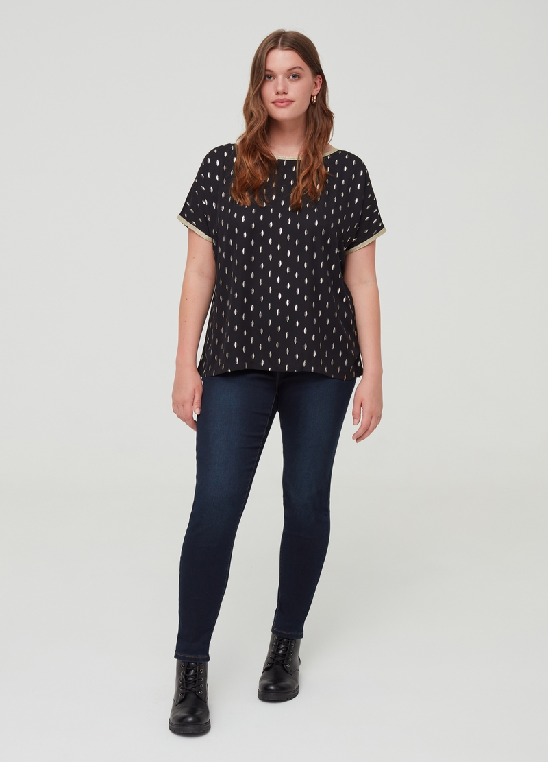 Curvy T-shirt with glitter trim and foil print image number null