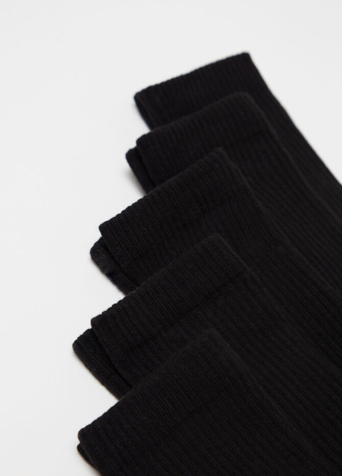 Five-pair pack tennis socks with ribbing