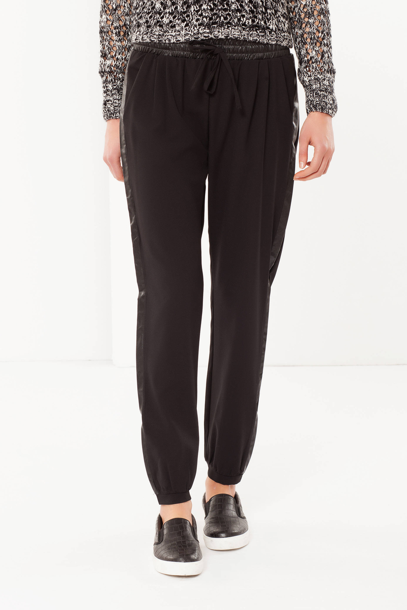 Pantaloni in tessuto stretch image number null