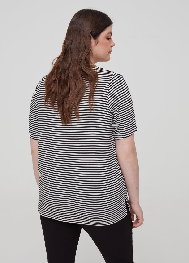T-shirt a righe con stampa Curvy image number null