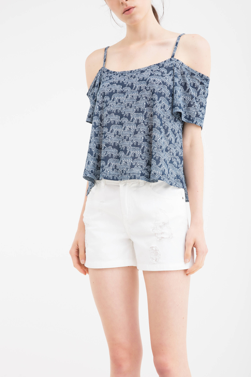 Shorts in 100% cotton with rips image number null