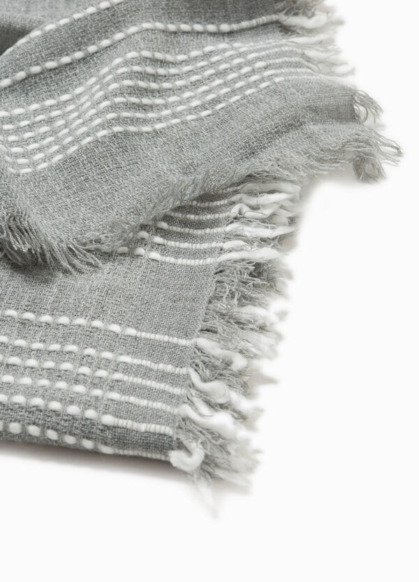 Pashmina with striped fringe trim | OVS