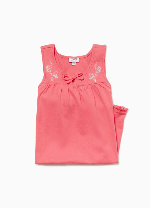 Sleeveless nightshirt with embroidery