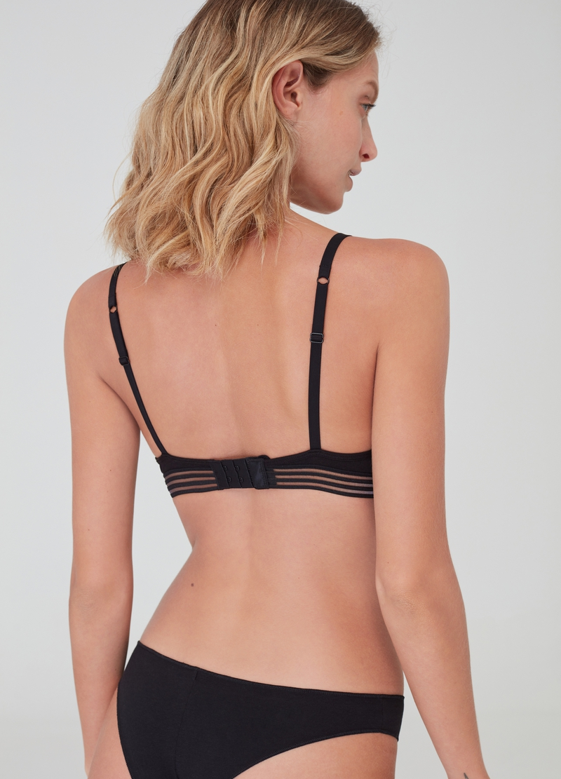 The Triangle bra with removable padding image number null