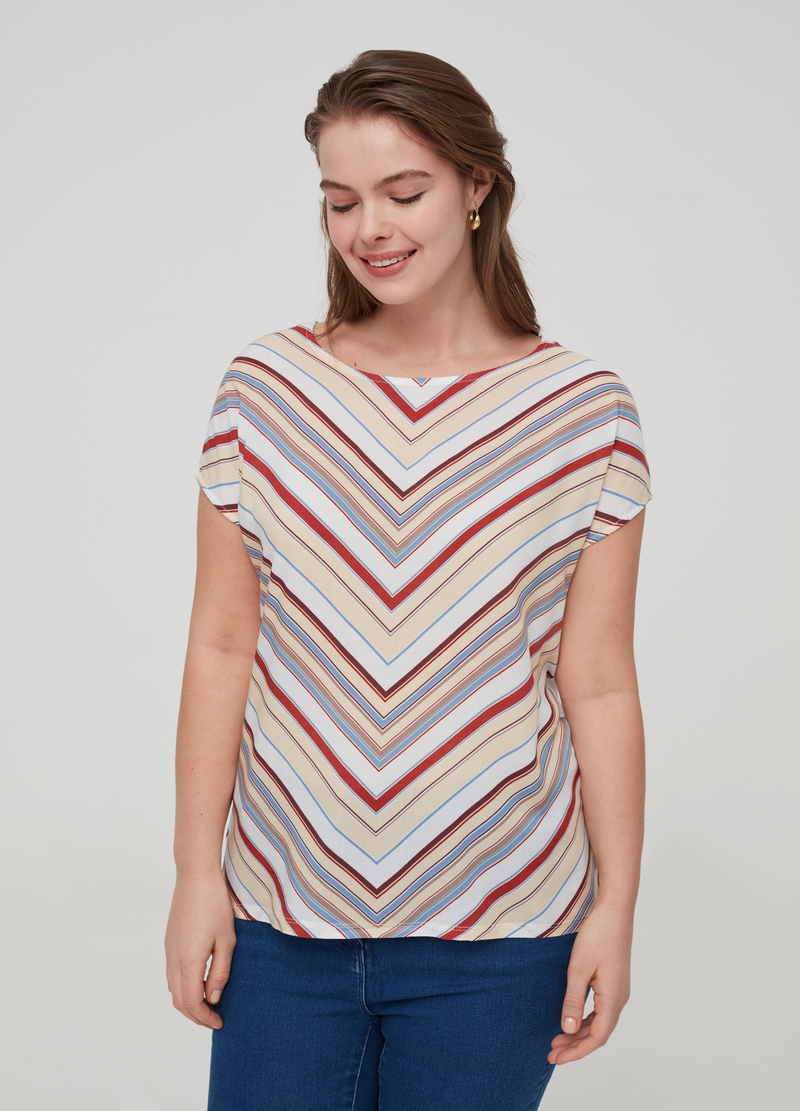 Curvy striped T-shirt in 100% viscose image number null