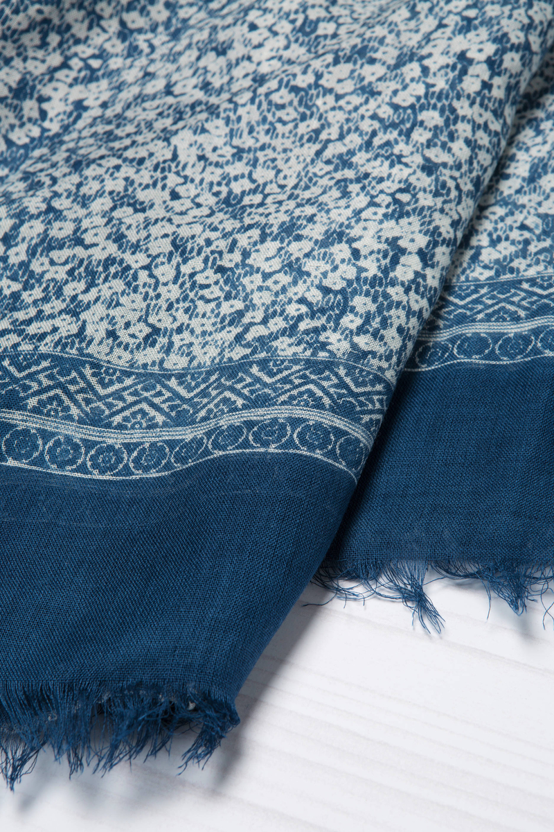 100% viscose printed scarf image number null