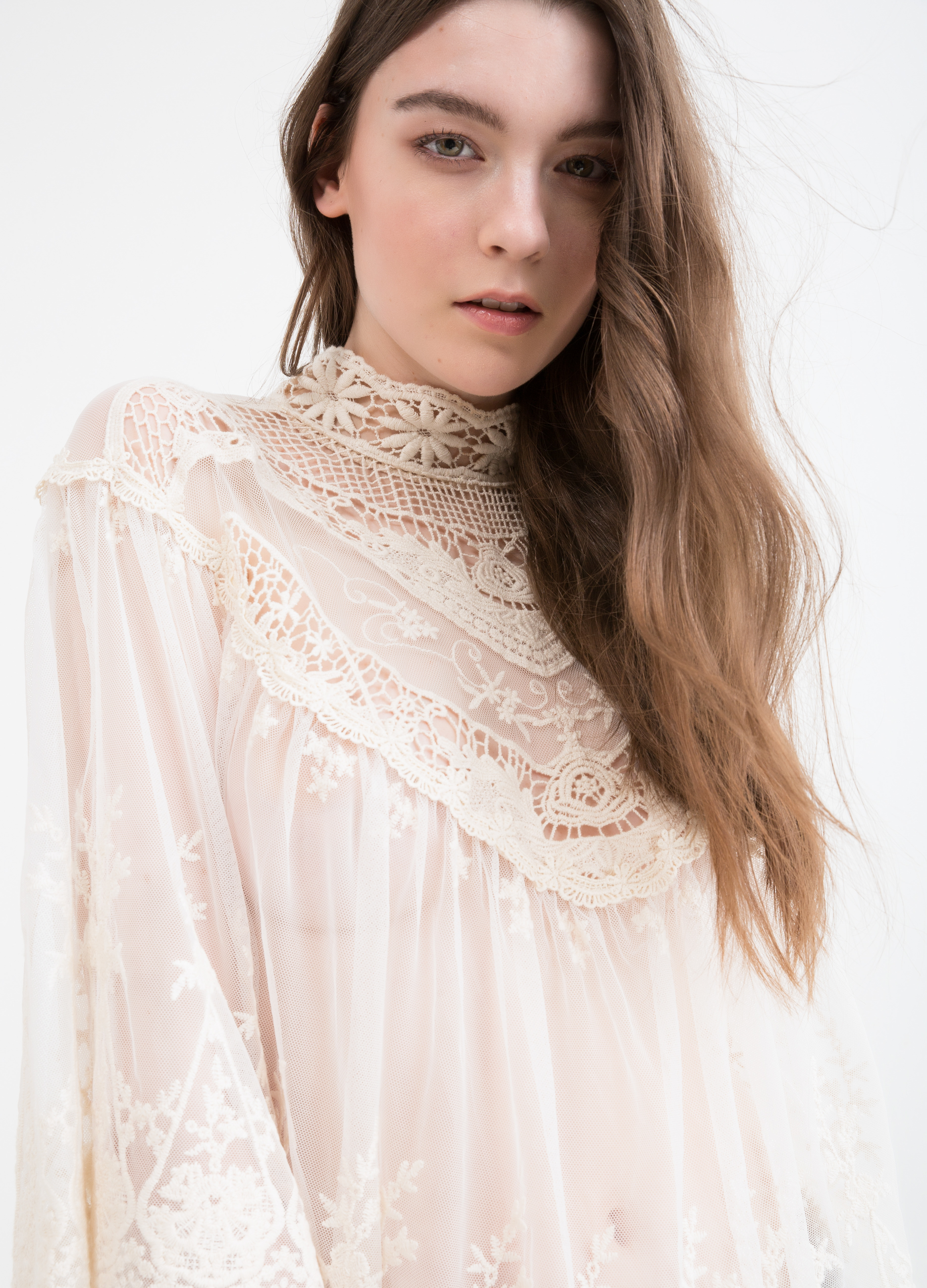 Cotton blend blouse with lace