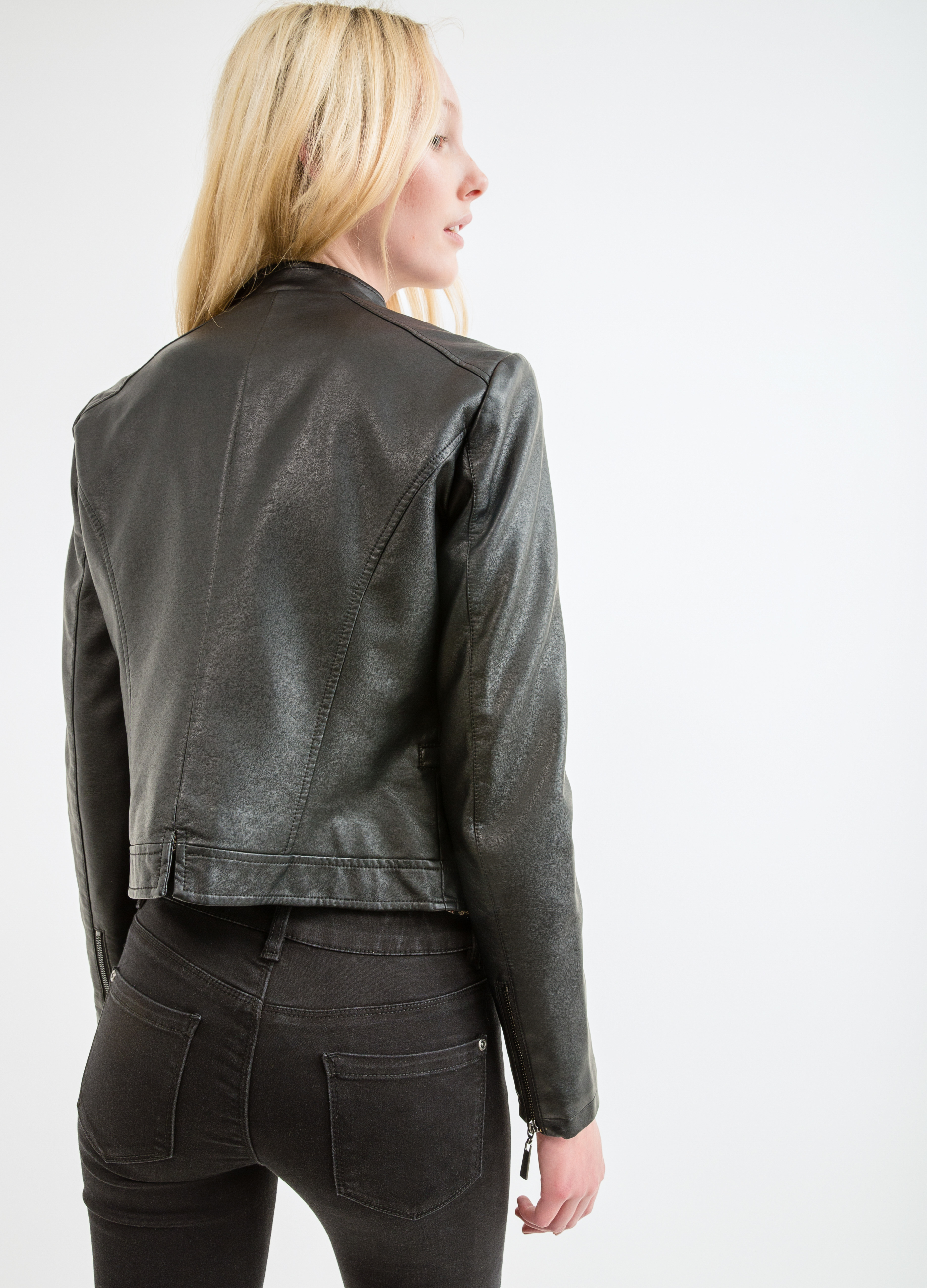 the best attitude 38d32 28c30 Giacca ecopelle con zip