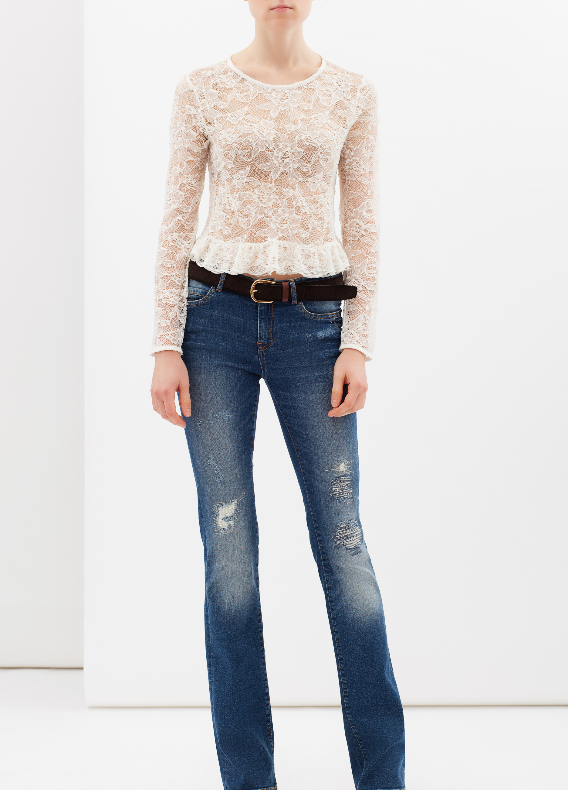 Long-sleeved lace T-shirt